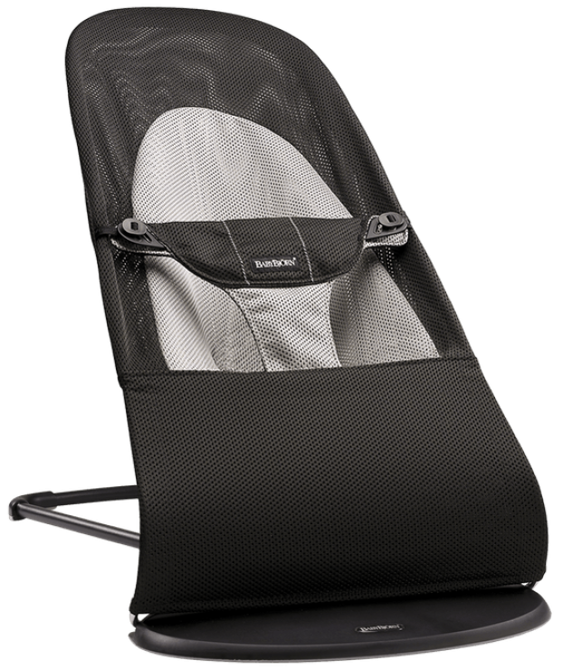 baby-bouncer-balance-soft-black-grey-mesh-005028-babybjorn2